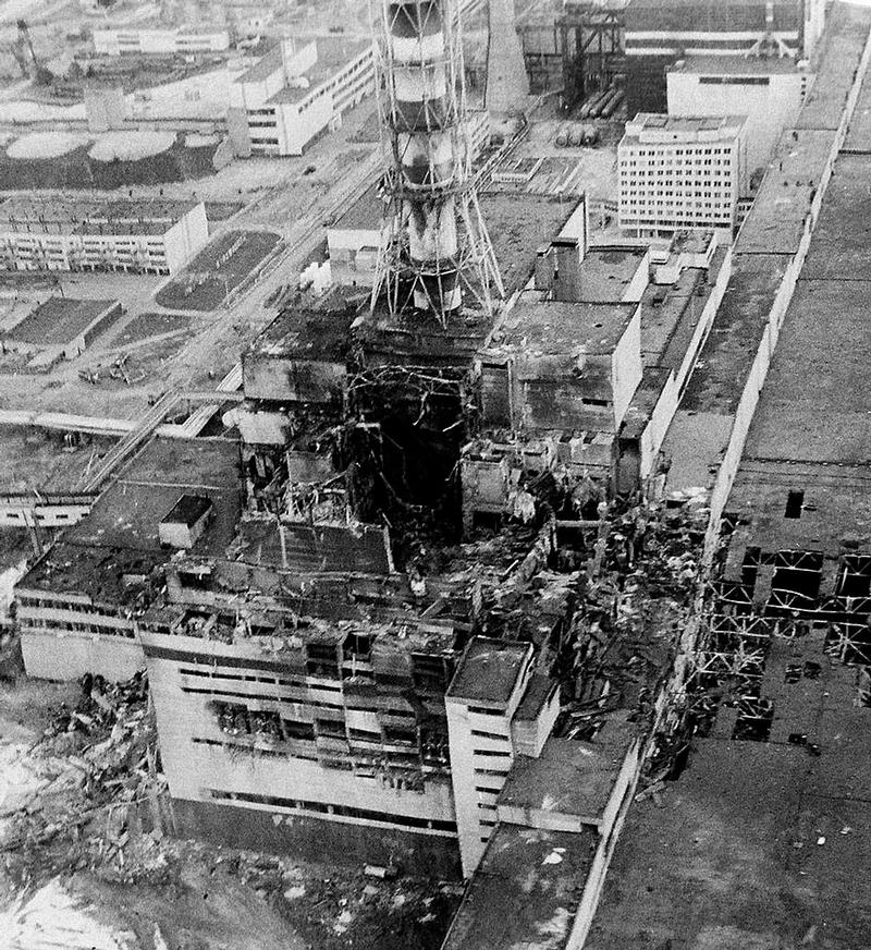 the chernobyl nuclear reactor meltdown essay