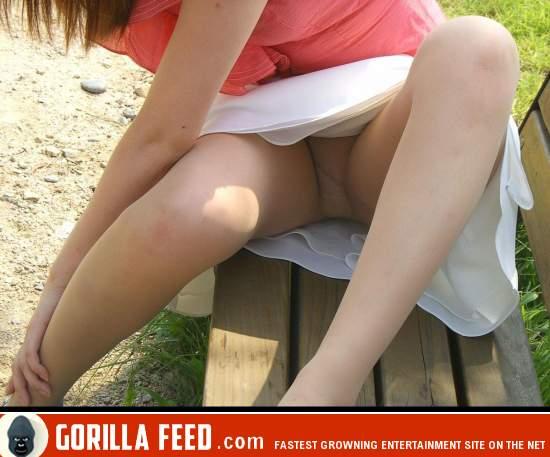 japanese upskirt no panties фото