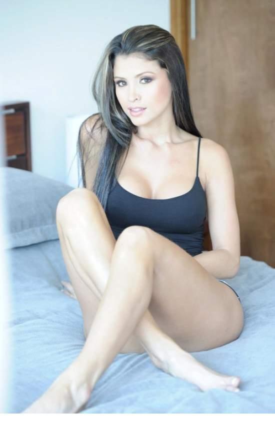 Latinas hot video